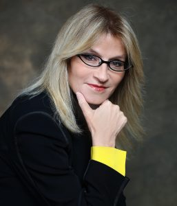 """עו""""ד אירית רוזנבלום מייסדת ארגון משפחה חדשה"""